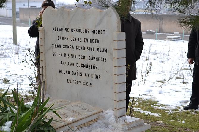 Molla Mansur Güzelsoy Mezarı Başında Anıldı galerisi resim 1