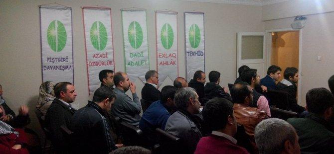 """Diyarbakır Öze Dönüş Der' de """"Dinler Tarihinden Zerdüştlük konulu seminer yapıldı."""