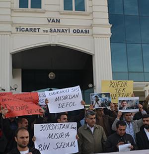 Van Öze Dönüş Der tarafından Mısır'da İhan- Müslimin'e (Müslüman Kardeşler)  verilen idam cezaları  yapılan basın açıklaması ile kınandı.