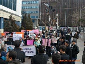 Öze Dönüş Mina Kadın Der ,Kadına Şiddeti hayır konulu basın açıklamasında bulundu.