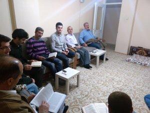 İzmir Öze Dönüş Cuma dersleri kapsamında bu hafta Kadir suresi işlendi.