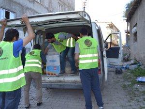 İzmir Öze Dönüş Derneği Ramazan boyunca yardım çalışmalarını sürdürdü
